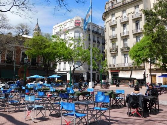 San Telmo, place Dorrego (c'est ici que se tient les week-end le marché aux puces)