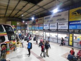 Bus Buenos-Aires / Puerto Madryn, gare routière où récupère des voyageurs
