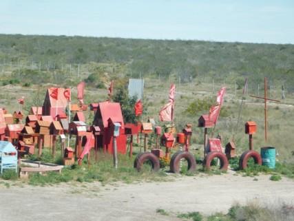 Voyage Puerto Madryn / El Calafate - Petit autel dédié aux victimes des accidents de la route