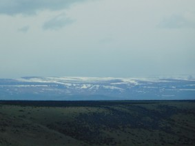 Voyage Puerto Madryn / El Calafate - Le premières montagnes apperçues...
