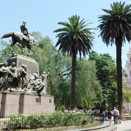 Salta, Plaza 9 de Julio