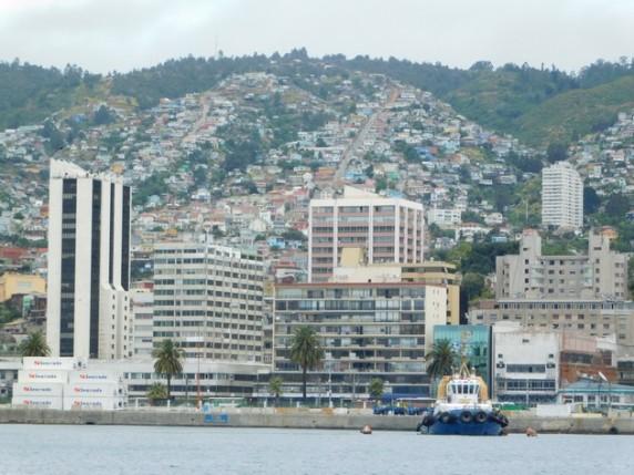 Valparaiso, la ville vue depuis l'océan