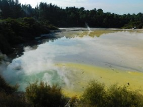 Parc géothermal Wai-O-Tapu - Boucle rouge