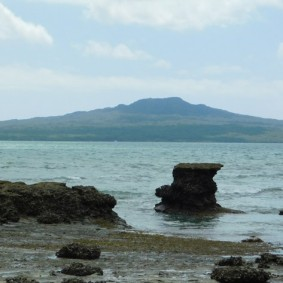 Balade à pied de Devonport à Takapuna - Vue sur Rangitoto