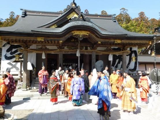 Sanctuaire Kumano Hongu Taisha - Mariage traditionnel !