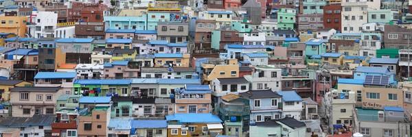 Découverte de Gamcheon, un quartier de Busan haut en couleurs, et marché de nuit à BIFFSquare…