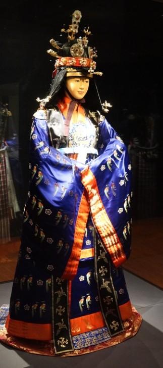Séoul - Musée national du Palais impérial Gyeongbokgung - Costume d'époque
