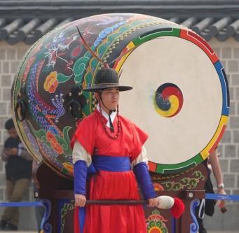 Séoul - Palais impérial Gyeongbokgung - Relève de la garde