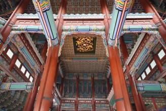 Séoul - Palais impérial Gyeongbokgung - Salle du trône, plafond