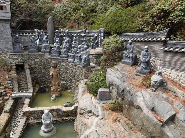 Busan - Temple Haedong Yonggung