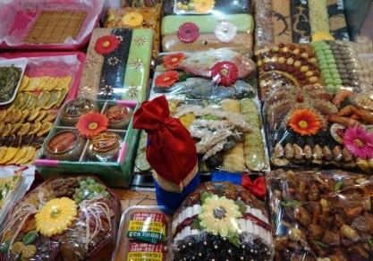 """Busan - Marché Gukje - Plateaux """"cadeaux"""" de nourriture..."""