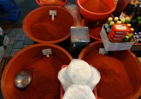 Jeju Town - Dungmun Market - Poudre de piments