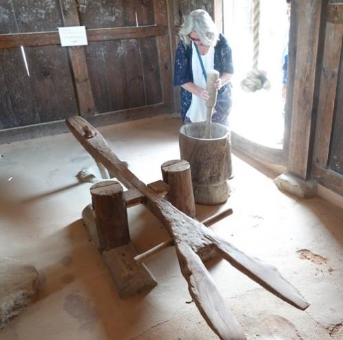 Jeonju - Vestiges du Palais impérial - Pilon manuel et pilon à pied