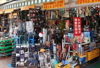 Séoul - Quartier non loin de Myeondong, spécialisé dans le gros outillage