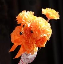 "Yokohama - Chien ""fleur en papier"""