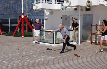 Queen Mary 2 - Jeux de pont