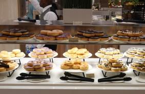 Queen Mary 2 - Restaurant Buffet Kings Court - Déjeuner