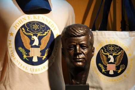 Boston - John F. Kennedy Presidential Library and Museum - Boutique