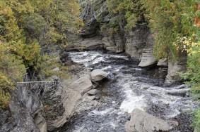 Village historique de Val Jalbert - Balade sur le sentier du canyon