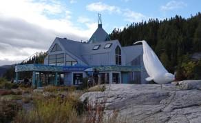 Tadoussac - Non loin du sentier de la Pointe de l'Islet - Centre d'Interprétation des mammifères marins (que nous visiterons mardi)