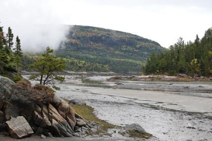 Sur la route, entre Baie Sainte Catherine et Saint Siméon - Baie des Rochers