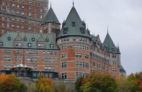 Québec - Vue sur le Château de Frontenac depuis le traversier