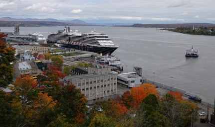 Québec - Vue sur le Saint Laurent depuis la Terrasse Dufferin