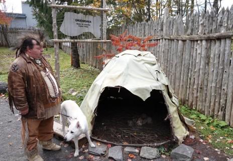 """Site Traditionnel Wendat-Huron - Tente de """"purification"""""""