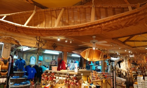 Site Traditionnel Wendat-Huron - Superbe boutique d'artisanat !