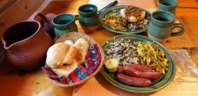 Site Traditionnel Wendat-Huron - Restaurant - Saucisses de bisous et Chili de wapiti
