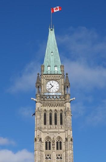Ottawa - Colline du Parlement - Tour de la Paix