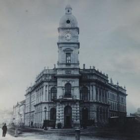 Montréal - Vieille ville - Musée d'Archéologie et d'Histoire de Pointe-à-Callière - Edifice de la Ponte-à-Callière construit en 1871 et démoli en 1951