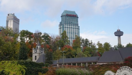 Niagara Falls - Hôtel devant les chutes