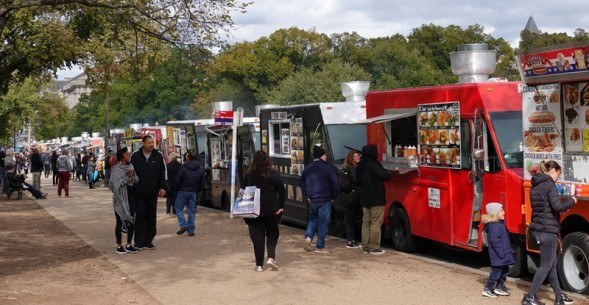 Washington - National Mall - Food truck