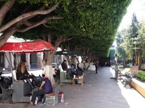 Querétaro - Plaza de Armas et cireurs de chaussures