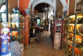 Querétaro - Magasin d'antiquités face au Musée d'Art