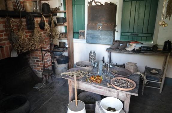 Vermilionville, village historique - Cuisine, toujours située à l'extérieur de la maison pour éviter chaleur et incendies