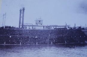 New Orleans - Au bord du Mississippi - Natchez - Le bateau est rempli de balles de coton !