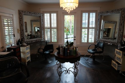 Houston - Belle maison Airbnb ! Le plus surprenant, c'est le salon de coiffure privé du rez-de-chaussée...