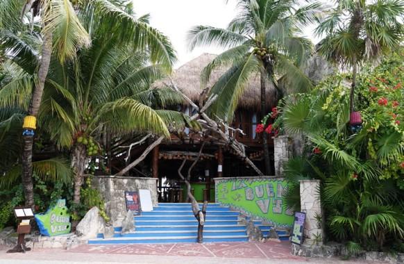 Akumal - Plage de Bahia de la Media Luna - Restaurant sous paillote