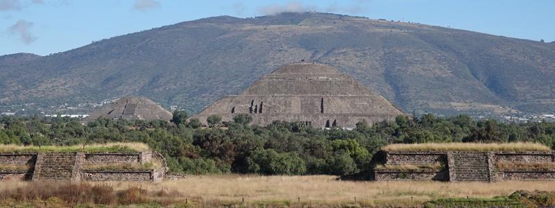 A l'assaut des Pyramides deTeotihuacan