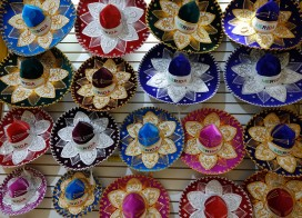 Mérida - Nuit Blanche - Non, je n'ai pas craqué pour ces sombreros très kitchs !