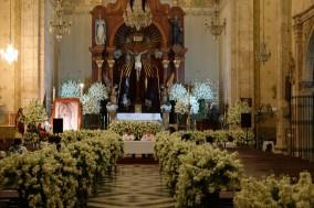 Mérida - Nuit Blanche - Eglise décorée de gardénias