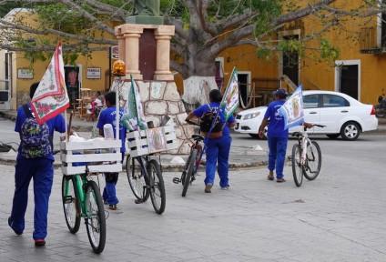 Izamal - Pèlerins à vélo
