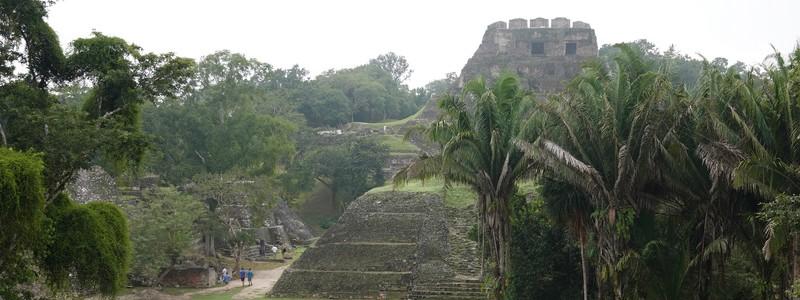 Balade à San Ignacio et découverte des ruines mayas de Xunantunich dans labrume…