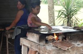 San Felipe de Lara - Fabrication artisanale de tortillas