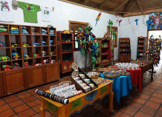 Copan - Macaw Mountain Bird Park - Boutique, à l'entrée du parc