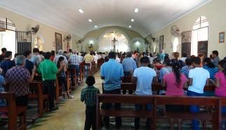 Copan - La messe du dimanche matin...