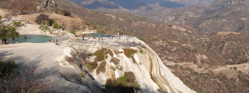 Un tour dans la vallée de Tlacolula, réputée pour ses artisans, ses ruines zapotèques et ses formations géologiquessurprenantes