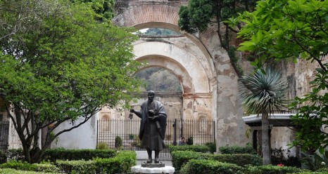 Antigua - Jardin de l'Église de San Francisco